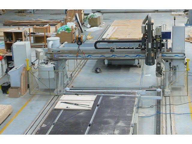 Les ventes aux ench res de menuiserie scierie m tiers for Fabrication fenetre pvc