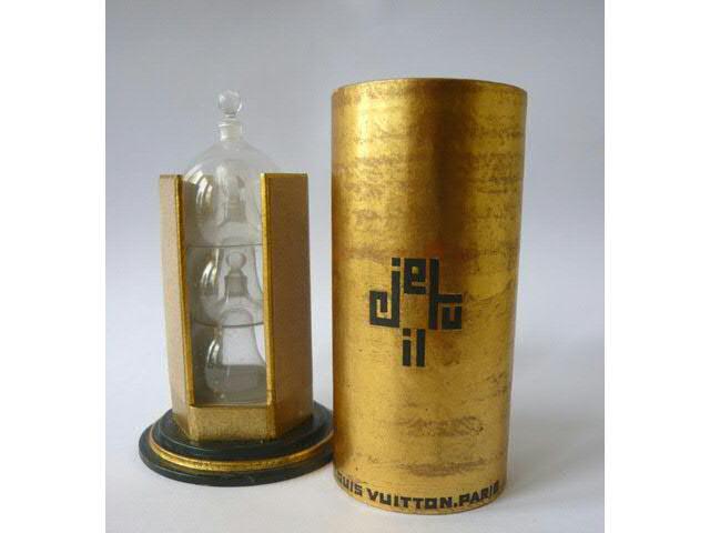 Louis Vuitton « Je tu  il » Unique trois parfums créés en 1927,
