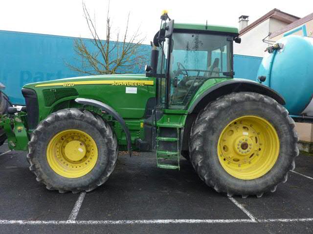 Tracteur JOHN DEERE 8120  de 2005- boîte powershift - 3900 heures