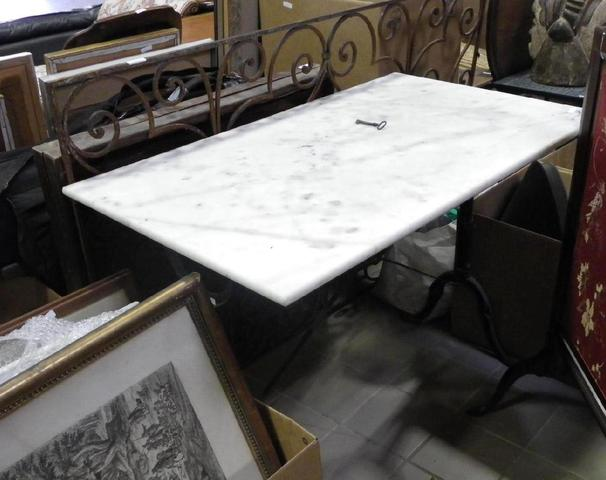 Pied table bistrot images - Table bistrot dessus marbre ...