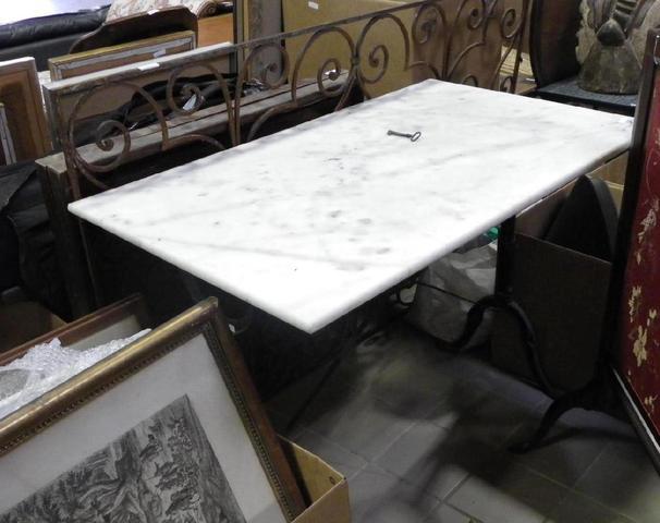 pied table bistrot images. Black Bedroom Furniture Sets. Home Design Ideas