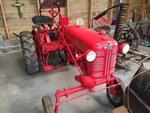 Tracteur français FARMALL CUB 1955/1958 Immatriculé 5727 29 Première