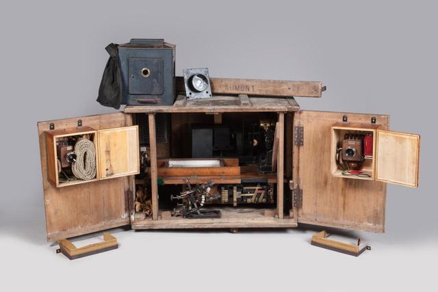 CHRONOMEGAPHONE GAUMONT, 1912 Appareil de cinéma parlant avec diffusion
