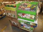 lot de 220 produits de jardinage: sacs de jardin, engrais, gazon,