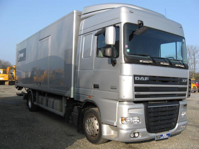 camion 19 tonnes traktorpool schlepper. Black Bedroom Furniture Sets. Home Design Ideas